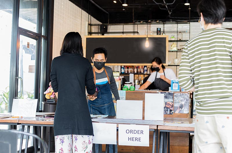 Thinking Outside the To-Go Box: How Bars and Restaurants are Innovating During the Pandemic