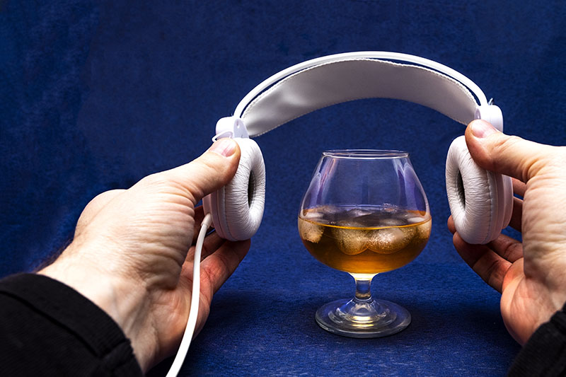 How To Use Podcasts To Increase Wine and Liquor Sales